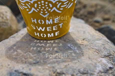 Fair Trade Photo Closeup, Colour image, Horizontal, Letter, Peru, Shadow, South America, Welcome home, Yellow
