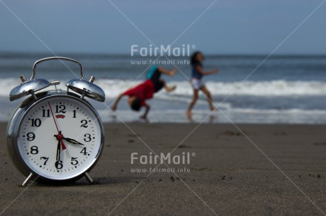Fair Trade Photo Activity, Beach, Clock, Colour image, Emotions, Happiness, Horizontal, Peru, Playing, Sea, South America, Summer, Time