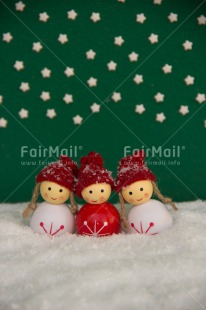 Fair Trade Photo Christmas, Colour image, Friendship, Green, Peru, Red, Seasons, Smile, Snow, South America, Star, Vertical, White, Winter