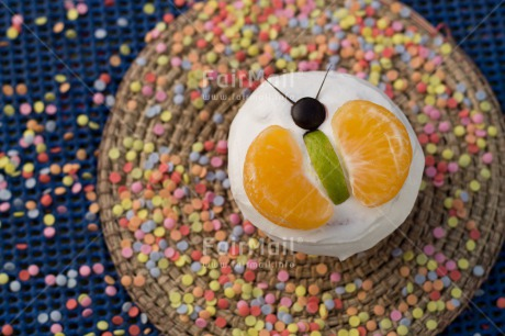 Fair Trade Photo Birthday, Butterfly, Colour image, Cupcake, Food and alimentation, Fruits, Horizontal, Mandarin, Party, Peru, South America, Sweets