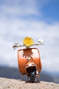 Fair Trade Photo Activity, Birthday, Chachapoyas, Clouds, Colour image, Flower, Food and alimentation, Fruits, Holiday, Motorcycle, On the road, Orange, Peru, Sky, South America, Transport, Travel, Travelling, Vertical, Vespa, Yellow