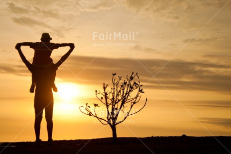 Fair Trade Photo Child, Colour image, Congratulations, Emotions, Father, Fathers day, Felicidad sencilla, Happiness, Happy, Holiday, Horizontal, New beginning, Peru, Shooting style, Silhouette, South America, Sunset