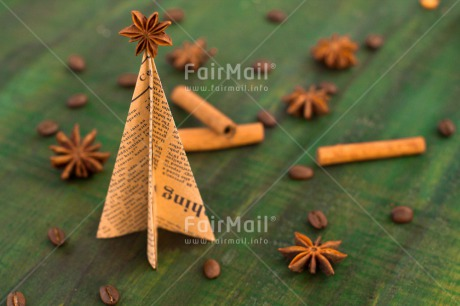 Fair Trade Photo Anise, Christmas, Christmas decoration, Christmas tree, Cinnamon, Coffee, Colour image, Food and alimentation, Green, Horizontal, Peru, South America