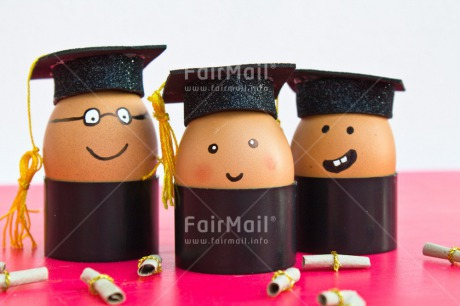 Fair Trade Photo Clothing, Colour image, Congratulations, Diploma, Egg, Food and alimentation, Hat, Horizontal, Indoor, Peru, Pink, South America, Success, Three, White