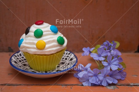 Fair Trade Photo Birthday, Colour image, Cupcake, Food and alimentation, Horizontal, Invitation, Mothers day, Party, Peru, South America, Sweets