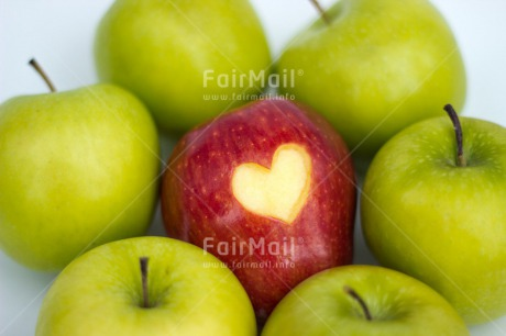 Fair Trade Photo Apple, Business, Colour image, Different, Fathers day, Food and alimentation, Fruits, Green, Health, Heart, Indoor, Love, Marriage, Mothers day, Office, Peru, Red, South America, Studio, Valentines day, Wedding