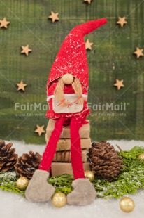 Fair Trade Photo Christmas, Christmas decoration, Colour image, Gnome, Green, Peru, Pine, Present, Red, Santaclaus, South America, Star, Vertical