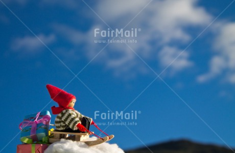 Fair Trade Photo Christmas, Colour image, Gift, Horizontal, Outdoor, Peru, Seasons, Sleighing, Snow, South America, Winter
