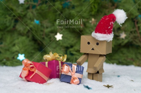 Fair Trade Photo Christmas, Colour image, Danboard, Gift, Hat, Horizontal, Peru, Snow, South America, Star