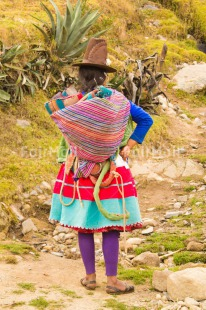 Fair Trade Photo Activity, Clothing, Colour image, Culture, Day, Latin, Mountain, Nature, Outdoor, People, Peru, Rural, South America, Standing, Traditional clothing, Vertical, Waiting, Woman