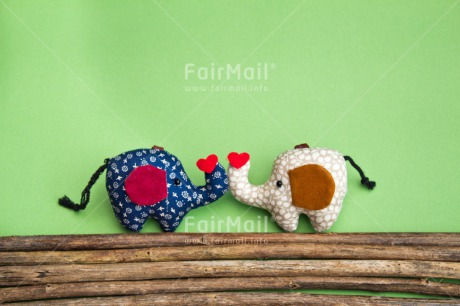 Fair Trade Photo Animals, Colour image, Couple, Elephant, Green, Heart, Love, Marriage, Peru, Red, South America, Textile, Valentines day, Wedding