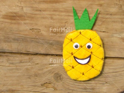 Fair Trade Photo Colour image, Food and alimentation, Fruits, Health, Horizontal, Peru, Pineapple, Smile, South America, Wood, Yellow