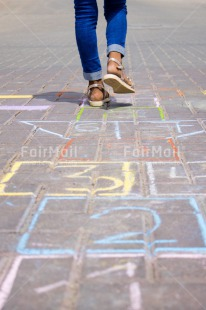 Fair Trade Photo Activity, Chalk, Child, Colour image, Draw, Drawing, Emotions, Feet, Felicidad sencilla, Happiness, Happy, Peru, Play, Playing, South America, Vertical