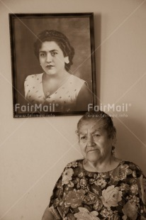 Fair Trade Photo Activity, Black and white, Latin, Looking away, Old age, One woman, People, Peru, Portrait halfbody, South America, Vertical