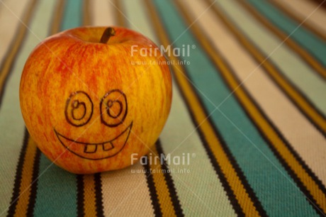 Fair Trade Photo Apple, Colour image, Food and alimentation, Fruits, Get well soon, Horizontal, Peru, Smile, South America