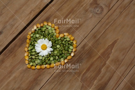 Fair Trade Photo Colour image, Flower, Food and alimentation, Heart, Horizontal, Lentils, Love, Marriage, Peru, South America, Valentines day, Wedding