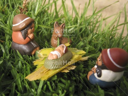 Fair Trade Photo Baby, Birth, Christianity, Christmas, Colour image, Grass, Horizontal, Jesus, Nature, Outdoor, People, Peru, South America