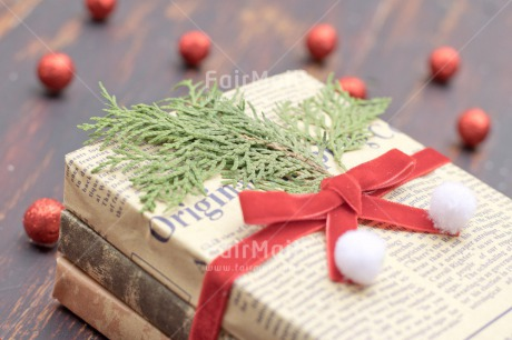 Fair Trade Photo Adjective, Book, Christmas, Christmas ball, Christmas decoration, Colour, Colour image, Horizontal, Object, Place, Red, South America, Wood